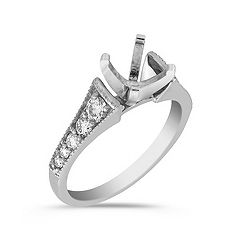 Ascending Sized Round Diamond Engagement Ring in Platinum