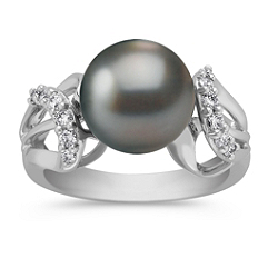 10mm Cultured Tahitian and Round Diamond Ring