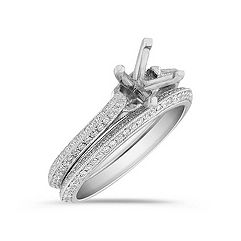 Two Sided Round Diamond Wedding Set