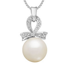 10mm Cultured Freshwater Pearl and Diamond Pendant (18 in.)