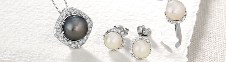 Elegance is always in. Shop pearls.