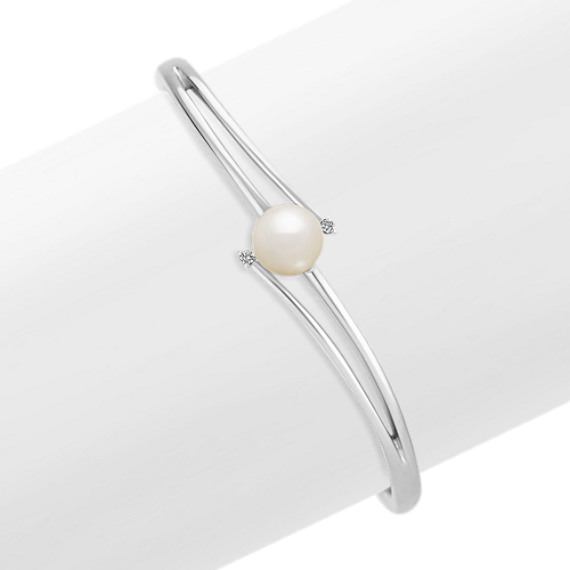 8.5mm Cultured Freshwater Pearl and Diamond Cuff Bracelet in Sterling Silver (7)