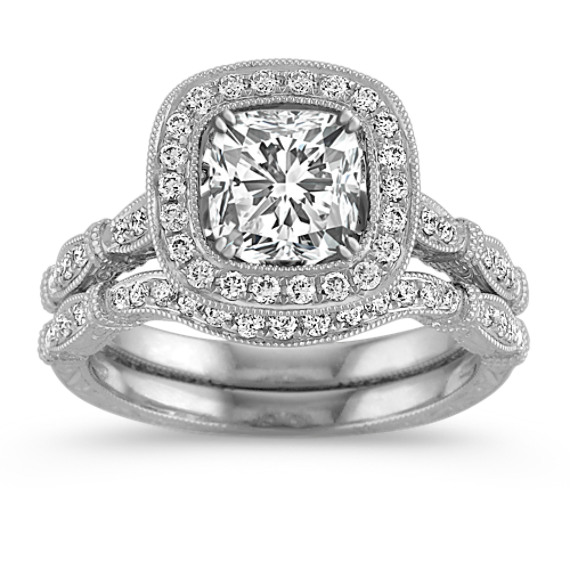 Halo Vintage Diamond Engraved Wedding Set with Pavé Setting