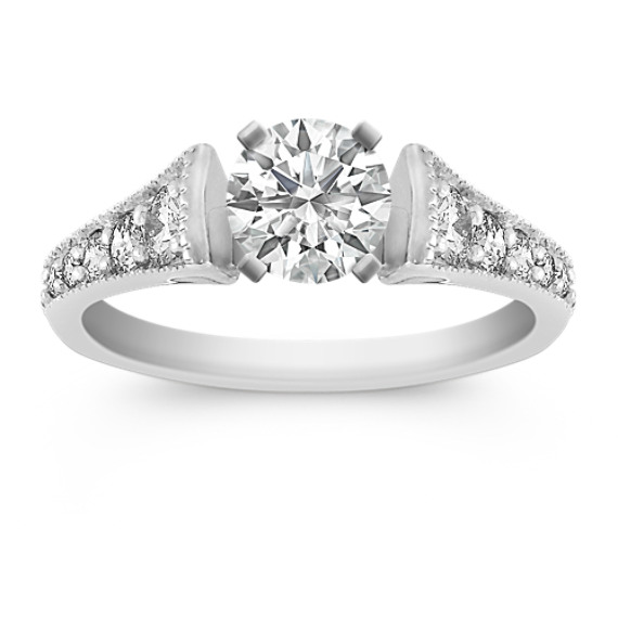 Ascending Sized Round Diamond Engagement Ring in Platinum