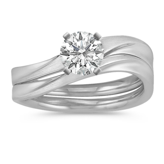 Contemporary Solitaire White Gold Wedding Set