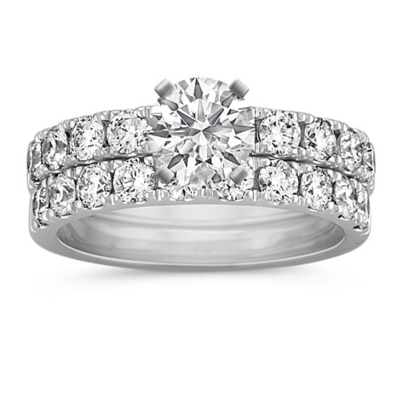 Round Diamond Wedding Set with Pavé-Setting