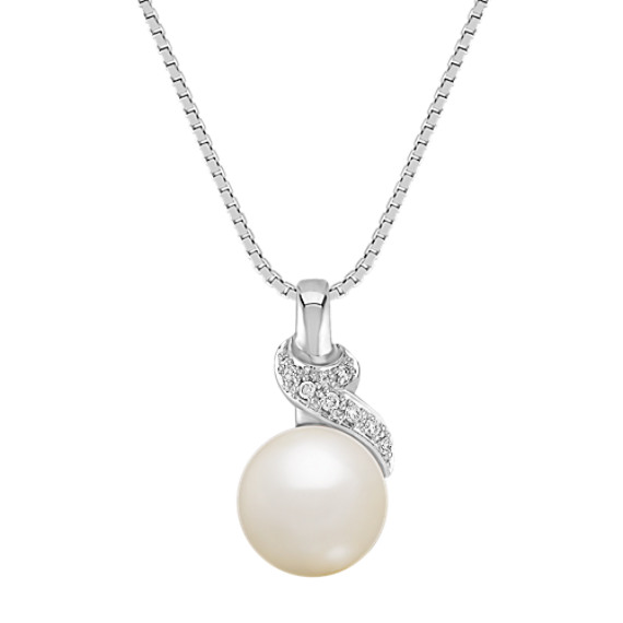 8.5mm Cultured Freshwater Pearl and Round Diamond Pendant (18'')