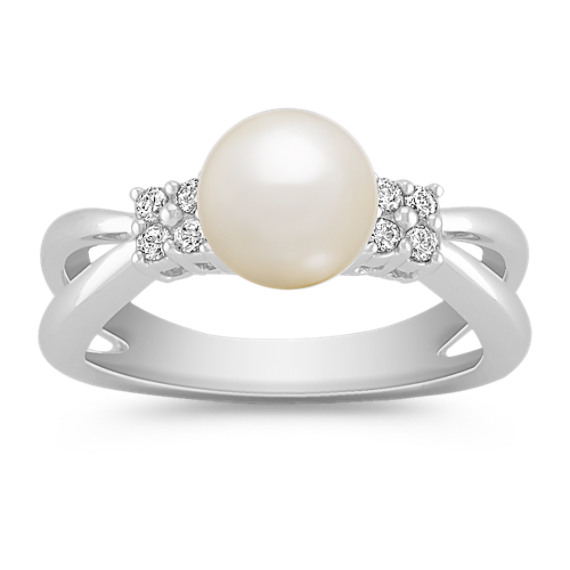 Cultured Freshwater Pearl and Round Diamond Ring