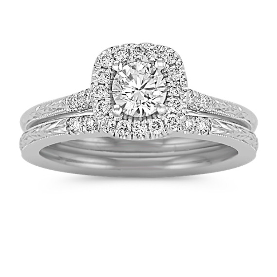 Halo Diamond Wedding Set with Engraving