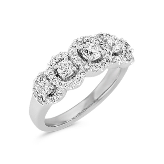 Round Diamond Halo Ring in 14k White Gold