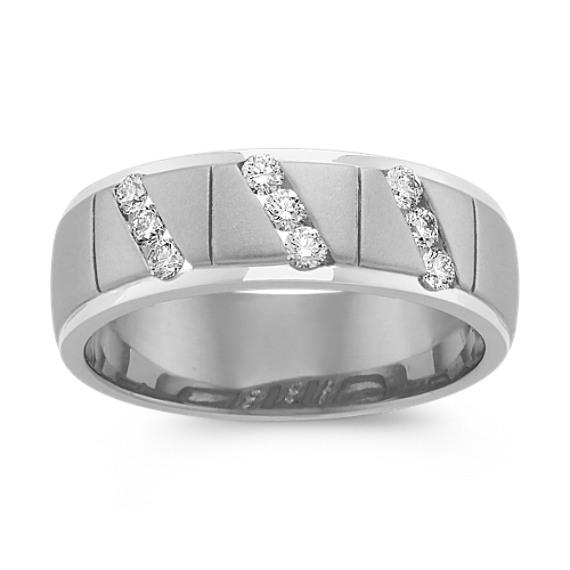 Round Diamond Ring in 14k White Gold (7.5mm)