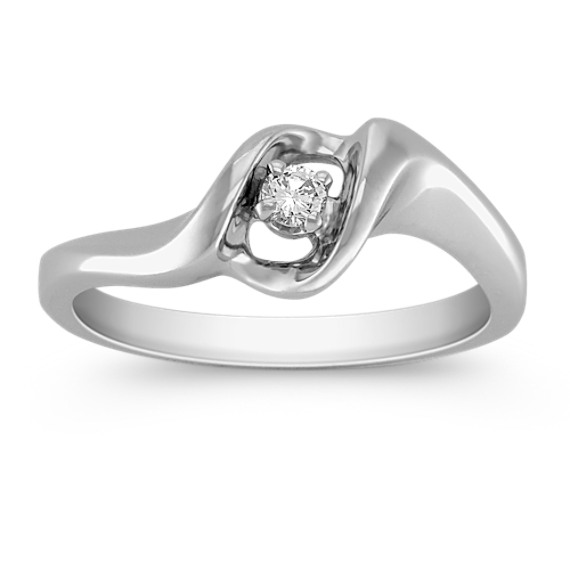 Round Diamond Swirl Ring
