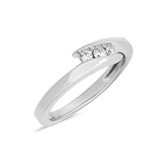 Round Diamond Three Stone Ring