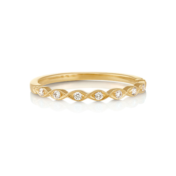 Round Diamond Twist Ring with Pavé Setting