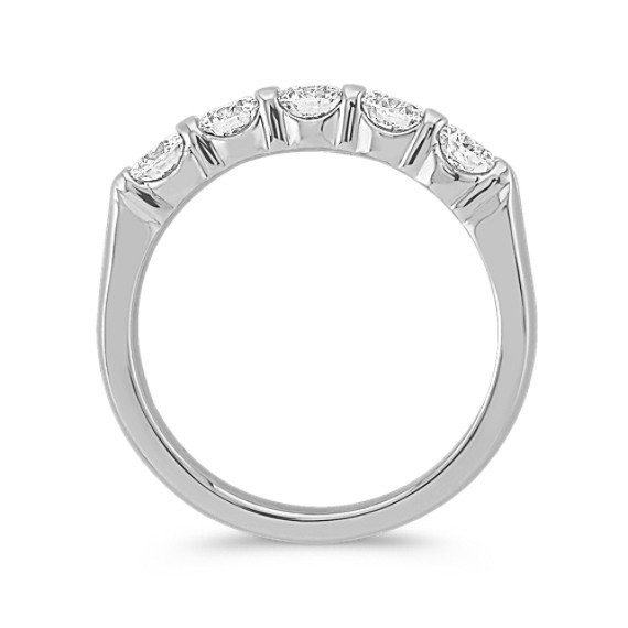 Round Diamond Wedidng Band in Platinum