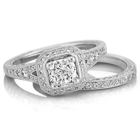 Vintage Halo Round Diamond Wedding Set in Platinum