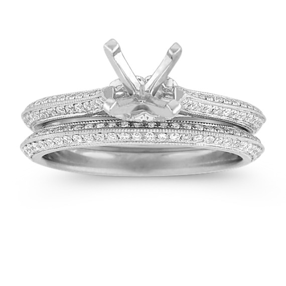 Vintage Round Diamond Wedding Set with Pavé-Setting