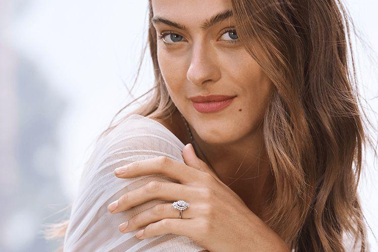 Romantic Engagement Rings Romantic Engagement Rings