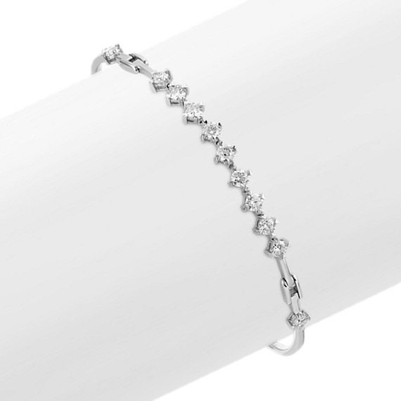 Round Diamond Bracelet with Heart-Shaped Prongs (7.25 in)