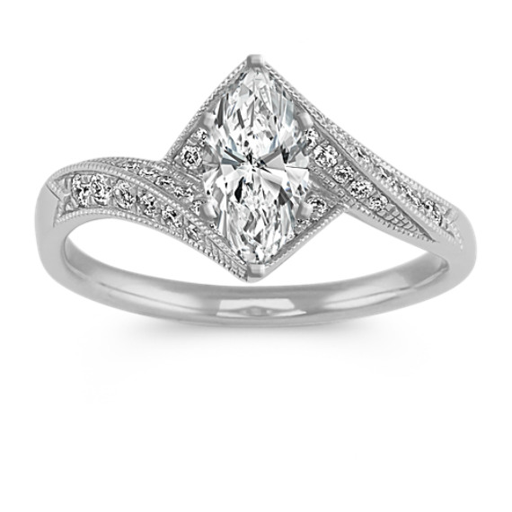 Round Diamond Vintage Ring in 14k White Gold