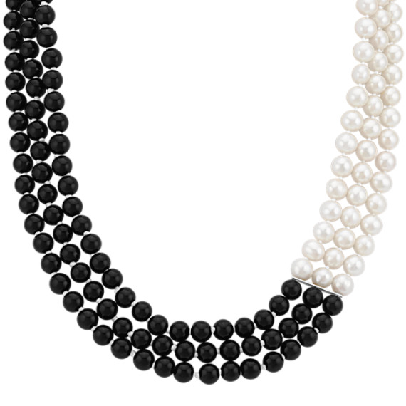6mm Cultured Freshwater Pearl and Black Agate Necklace (18 in)