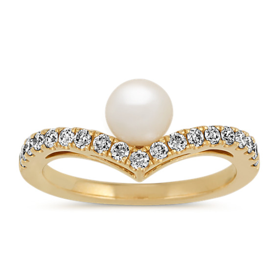 5.5mm Pearl and Diamond Ring in 14k Yellow Gold