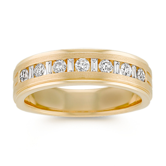 Baguette and Round Diamond Wedding Band in Yellow Gold