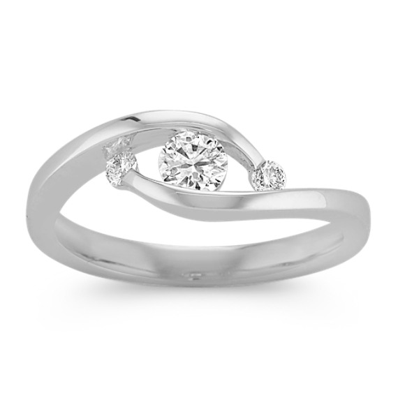Contemporary Round Diamond Three Stone Ring