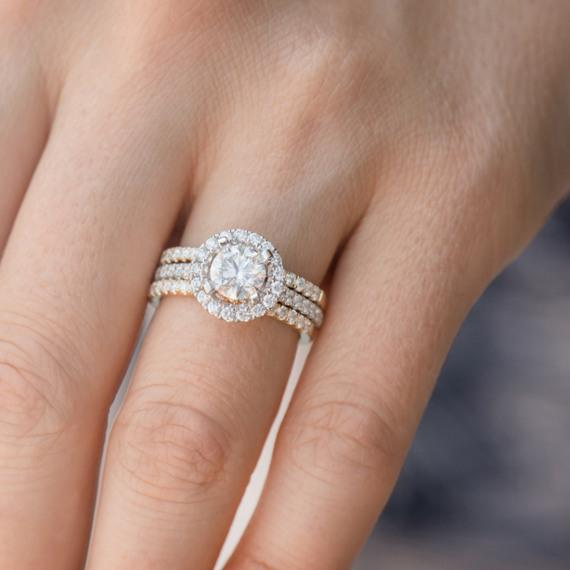Round Diamond Halo Engagement Ring In 14k White Gold Shane Co