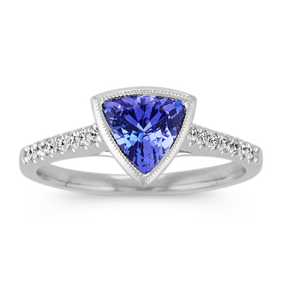 Trillion Tanzanite and Round Diamond Ring with Milgrain Detailing