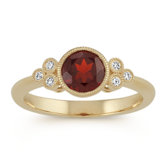 Vintage Red Garnet and Diamond Ring in 14k Yellow Gold